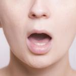 口臭の種類と寝起きが臭い理由 5つの口臭チェック方法