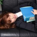 慢性的な疲労感や倦怠感と自律神経失調症との関係と起こる症状