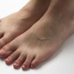 足の指がしびれるのは病気の初期症状の可能性があります