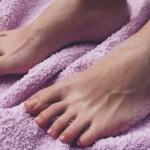 足の指が痛い!ぶつけたり怪我ではない場合の原因とは?