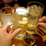 腰痛の原因は飲酒かも?お酒と腰痛の関係と腰に悪い食の好みとは?