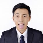 口臭の原因は舌が半分以上を占めている!舌苔とは?予防するには?
